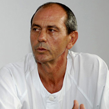 Dr. Carlos García Girón