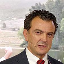 Dr. Daniel Castellano Gauna