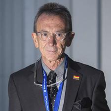 Entrevista al Dr. José Luis García Puche