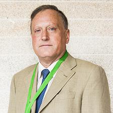 Entrevista al Dr. Manuel Constenla Figueiras