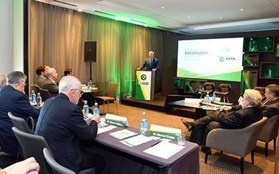 Sevilla acoge un encuentro sobre fármacos biosimilares oncológicos